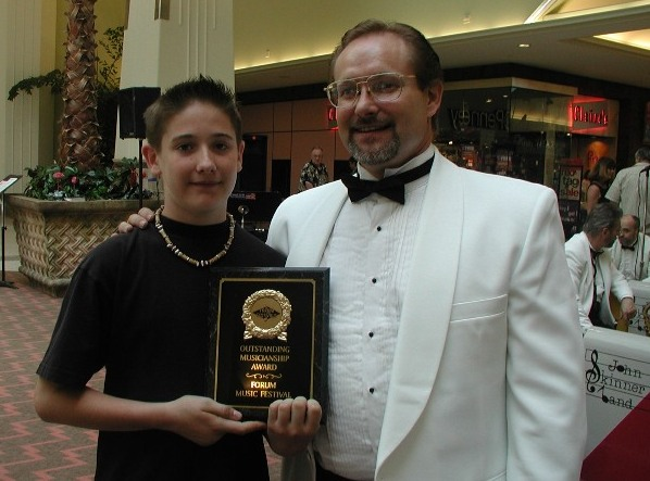 Image of Bob with Award Winning Student
